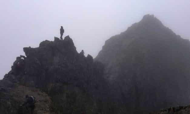 El Guía Guiado y El Paso de la Muerte